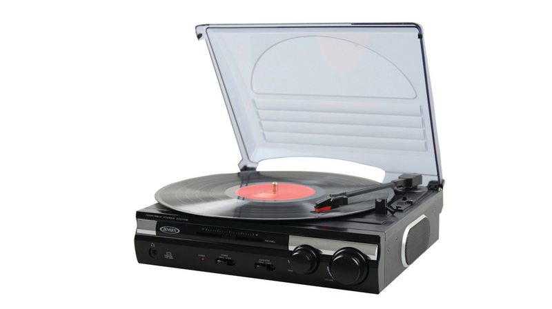 Illustration for article titled The Holiday's Most Popular Home Audio Gadget Was a Cheap Turntable