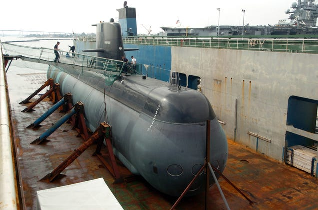 Abductions, UFOs and Nuclear Weapons : Air independent propulsion subs