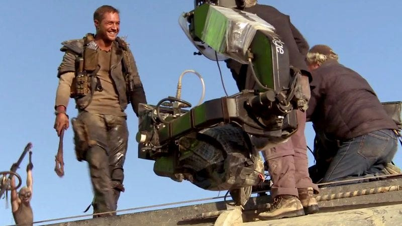 Illustration for article titled Mad Max: Fury Road B-roll shows off stunts in real-time