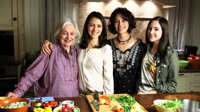 Rebecca Schull (left), Italia Ricci, Mary Page Keller, Haley Ramm