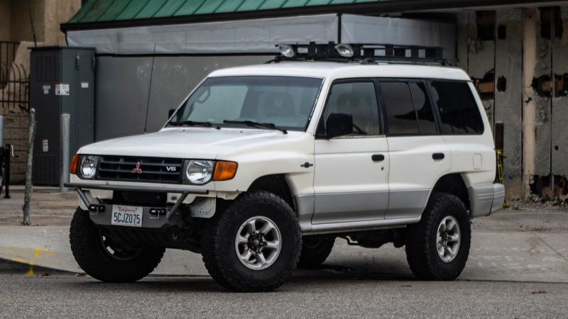 Heres Why A Mitsubishi Montero Is The Best Buy In Classic SUVs