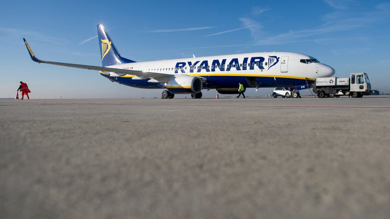 Illustration for article titled Ryanair Promises $10 Flights From The US To Europe
