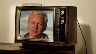 """Illustration for article titled Julian Assange Is Suffering From a """"Chronic Lung Condition"""""""