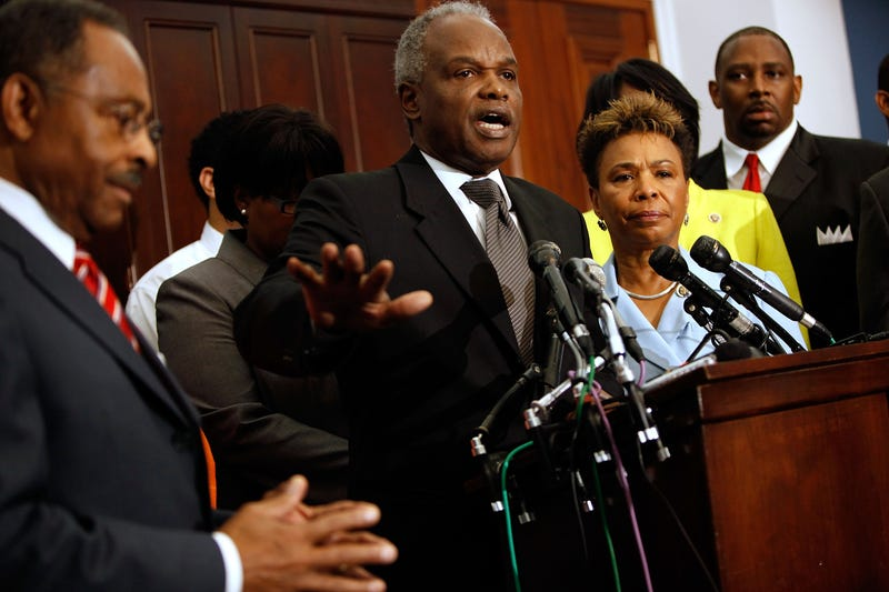 "Congressional Black Caucus member Rep. David Scott (D-GA) (C) addresses a news conference about health care reform with Chair Rep. Barbara Lee (D-CA) (2nd R), Sen. Roland Burris (D-IL) (L) and other members at the U.S. Capitol September 9, 2009 in Washington, DC. Lee said the caucus expects President Barack Obama to show support for a ""robust"" public option during his speech to Congress tonight."