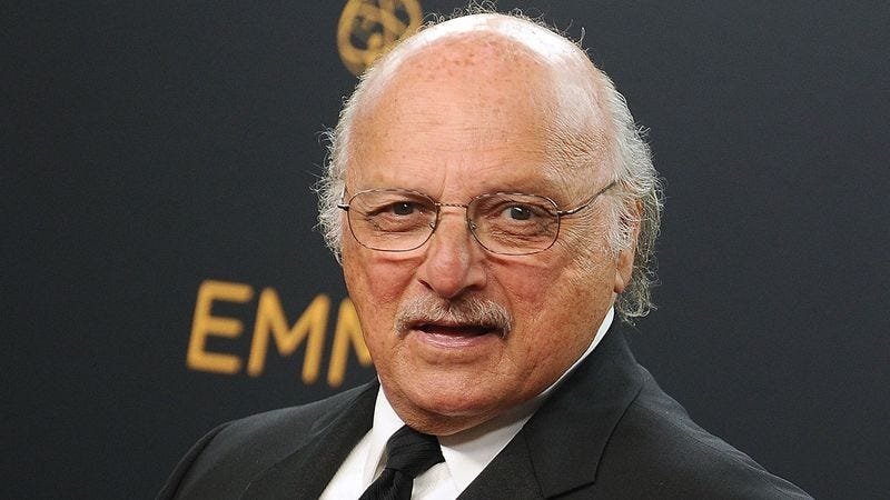 Illustration for article titled 6 Piping-Hot TV Show Ideas To Coax Dennis Franz Out Of Retirement