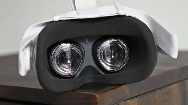 Oculus Quest 2 Sales Halted Due to Skin Irritation