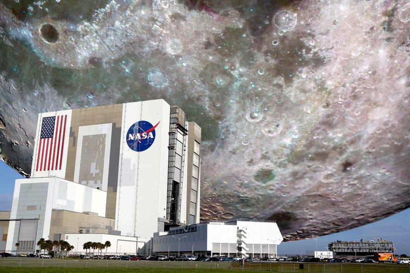 Illustration for article titled NASA Acquires Moon For Kennedy Space Center Exhibit