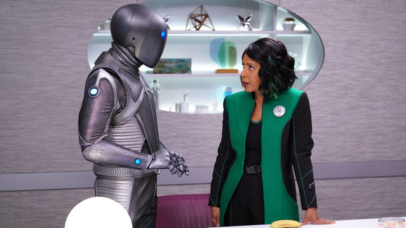 Illustration for article titled Defying the Space Pope, Dr. Claire dates a robot on The Orville