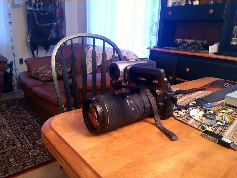 Illustration for article titled Motorized camera stabilization?