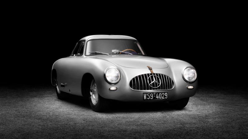 Illustration for article titled Your Ridiculously Cool 1952 Mercedes 300 SL Wallpaper Is Here
