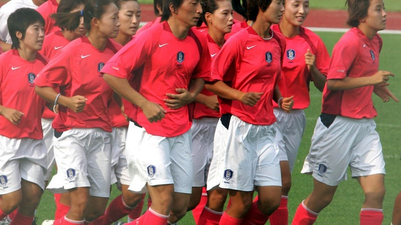 Illustration for article titled Korean Mean Girls Demand Top Women's Soccer Player Take Gender Test