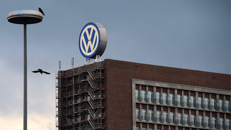 Illustration for article titled Volkswagen Had To Decide To Cheat More Than Eight Years Ago: Report