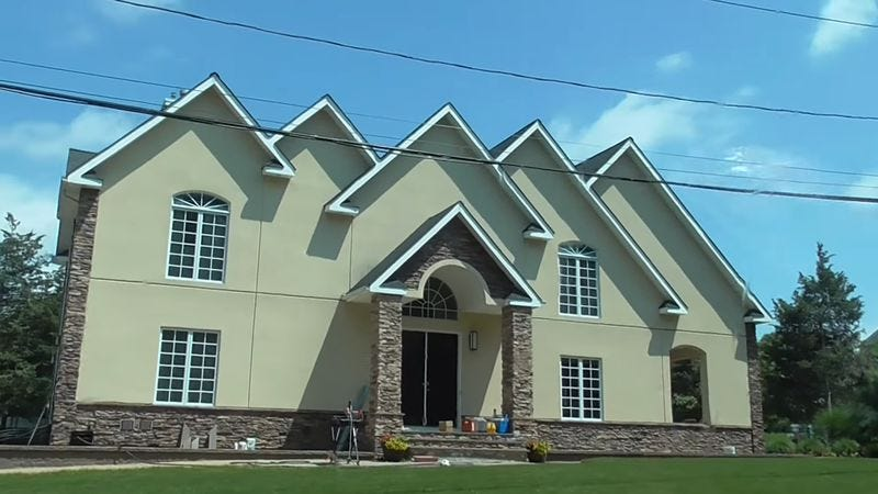 McMansion in Long Island (Screenshot: YouTube)
