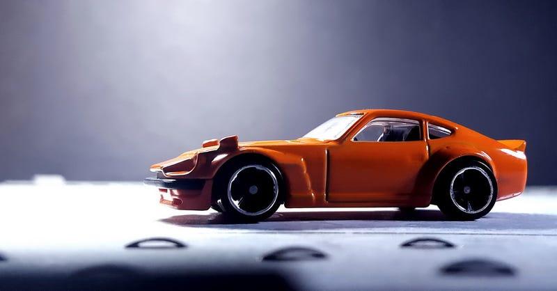 Illustration for article titled An orange Z