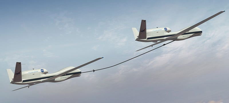 Illustration for article titled The Future Of Aerial Refueling Includes Stabilized Drogues And No Humans