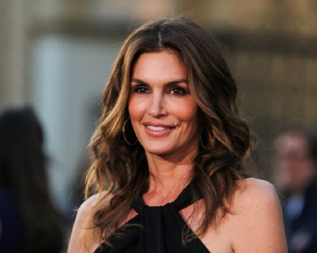 Cindy Crawford on Unretouched Photo Leak: 'Why Would a Bad ...