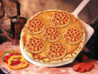Illustration for article titled Pizza Hut's New Pizza Lover's Pizza Topped With Smaller Pizzas