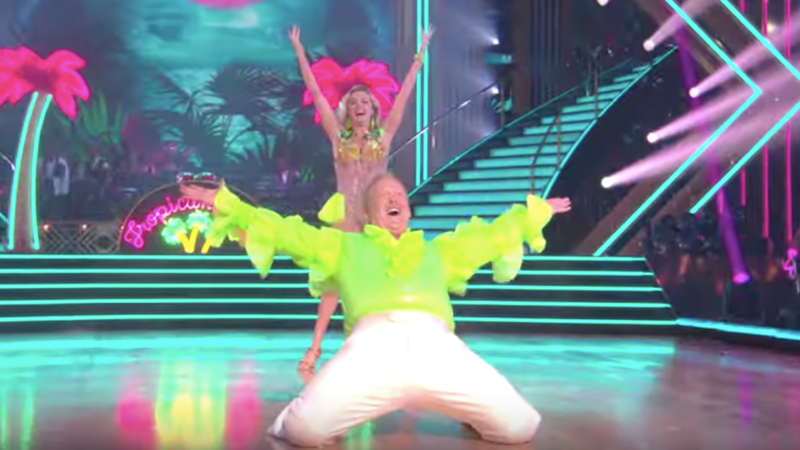 Sean Spicer Glows Like Radioactive Waste in His Dancing With the Stars Debut