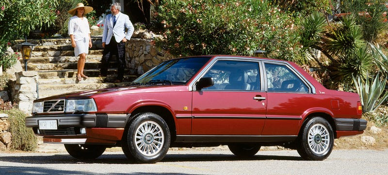 Illustration for article titled Comment Of The Day: Is There A Better Horrible Car Than The Cadillac Allanté?