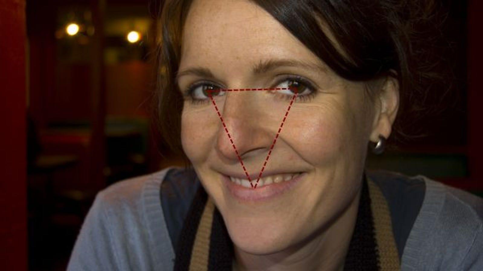 triangular gazing