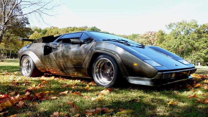 the man who spent 17 years building the ultimate lamborghini replica in his basement wants to. Black Bedroom Furniture Sets. Home Design Ideas