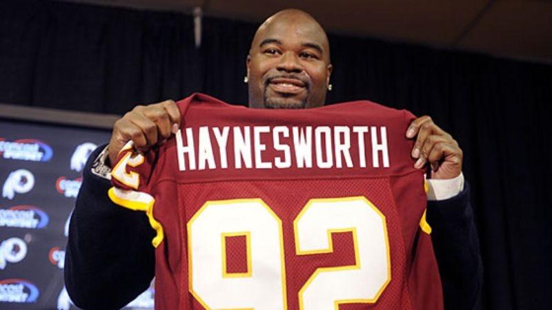 Illustration for article titled Redskins Ask Albert Haynesworth To Gain 2,400 Pounds