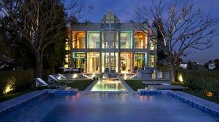 Illustration for article titled Peek Inside Rihanna's New Hollywood Hills Mansion
