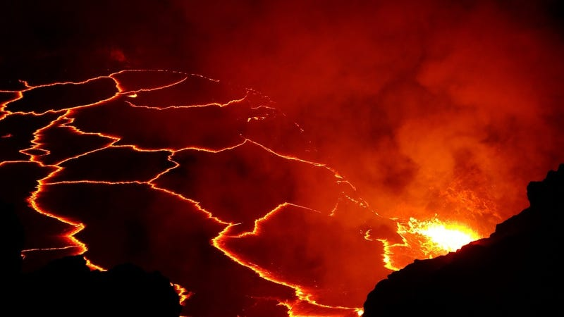 dino killing asteroid caused magma to burst from the ocean floor