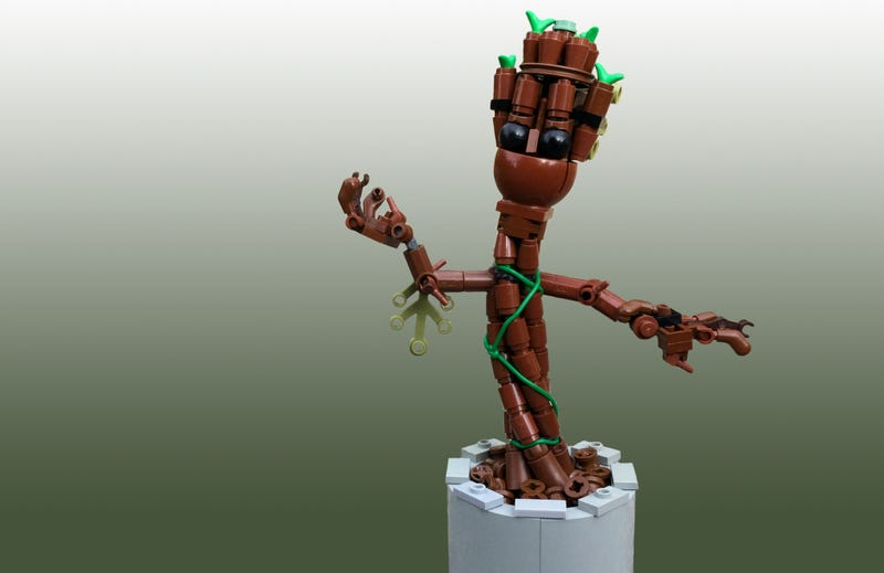 Illustration for article titled This trio of Lego Groot seedlings are the cutest thing today