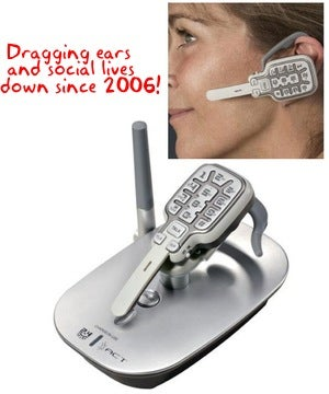 Illustration for article titled Xact XG2500 Cordless Telephone Headset Is On Sale!—Wait, What Decade Is It Again?!