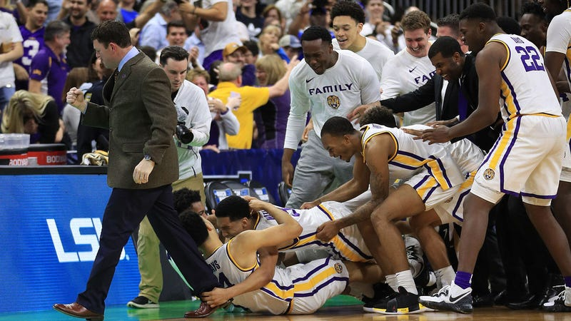 LSU celebrates after the game-winning shot.
