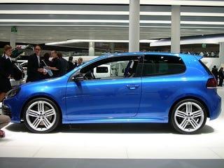 Illustration for article titled 2010 Volkswagen Golf R: Live Photos