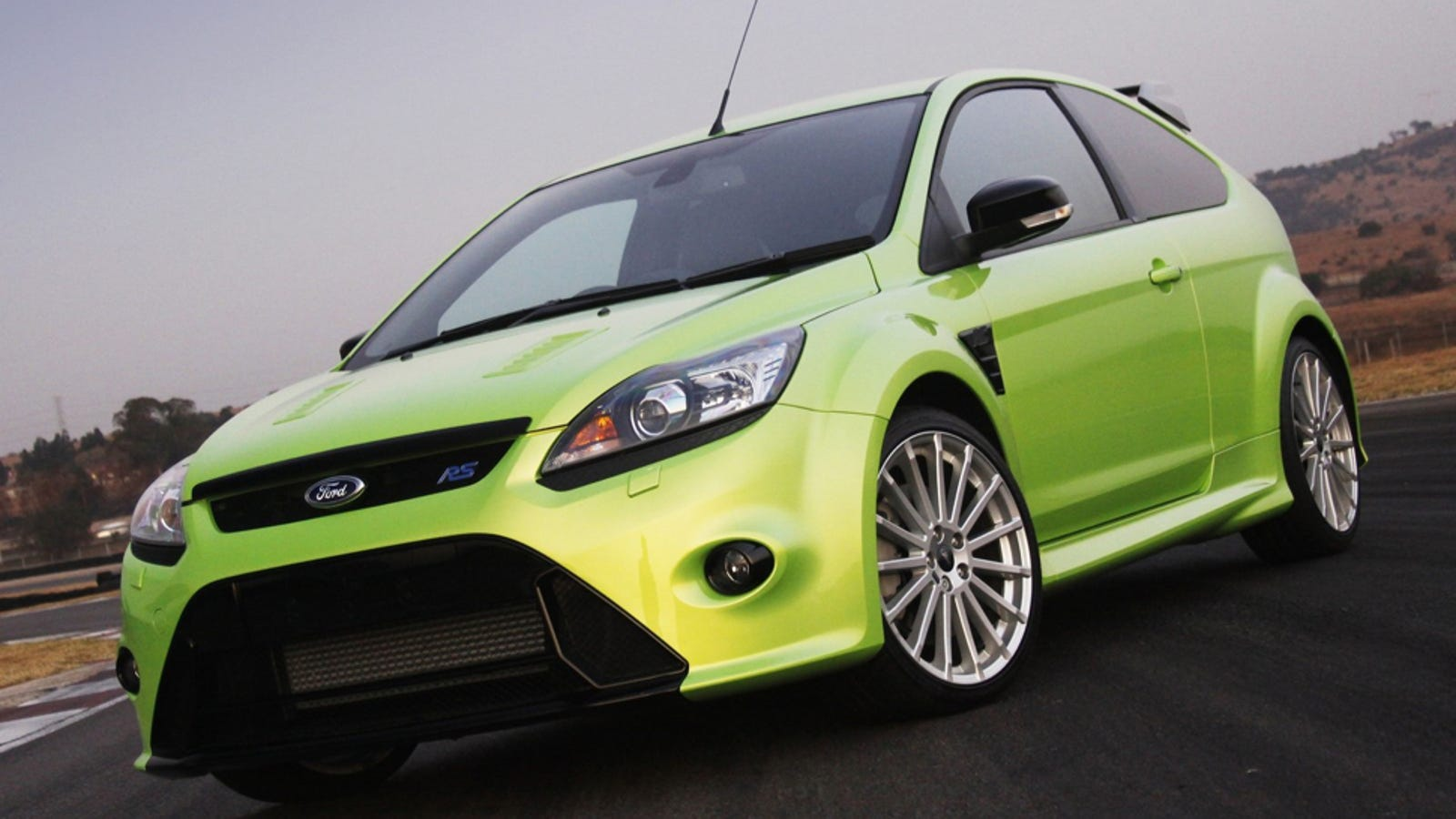 a zany 320 horsepower 2015 ford focus rs may be coming. Black Bedroom Furniture Sets. Home Design Ideas