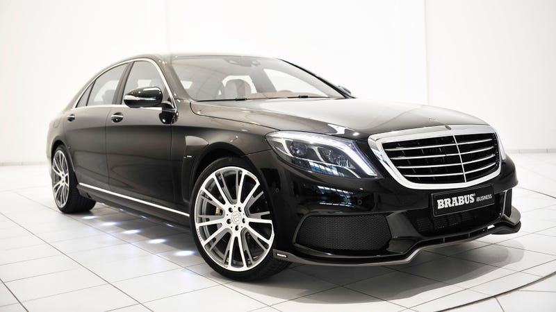 Illustration for article titled This Twin-Turbo, Mac-Equipped Mercedes Luxury Sedan Is A 'Land Jet'
