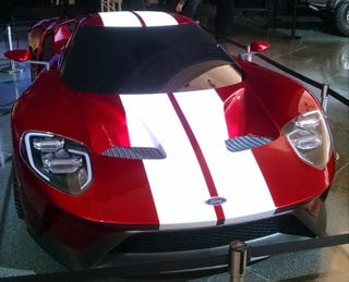 Illustration for article titled Here's the new Ford GT in red