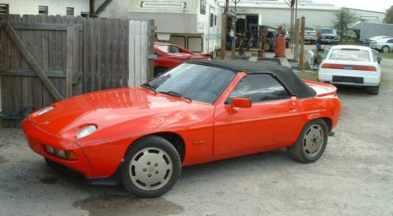 Illustration for article titled For $6,000, This 928 Is On The Ragtop