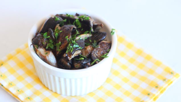 Treat Mushrooms Like Meat to Give Them More Flavor