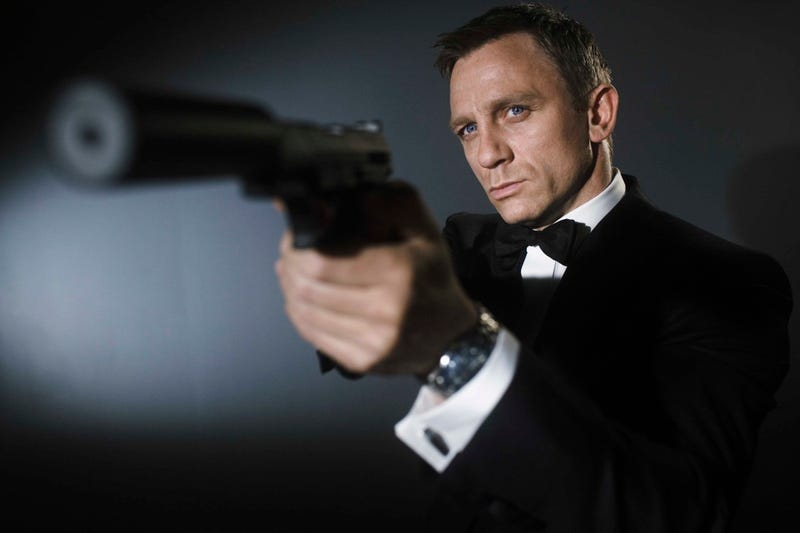 Illustration for article titled Daniel Craig Is So Done With James Bond