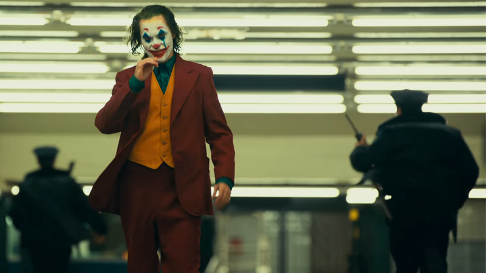 Watch the new trailer for joaquin phoenix 39 s joker movie - Joker brand wallpaper ...
