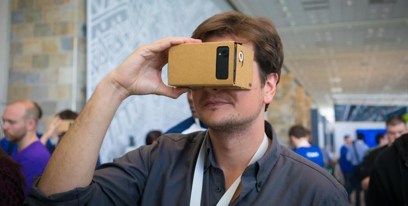 Illustration for article titled Probamos una caja de cartón, el futuro de la realidad virtual