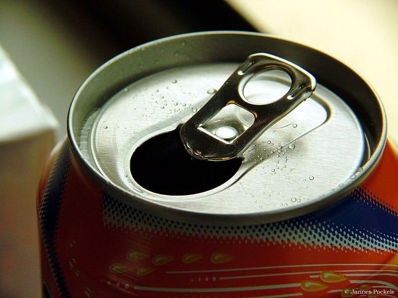 Illustration for article titled ¿Engordan los refrescos sin azúcar? La respuesta es sí, pero no por la razón que crees