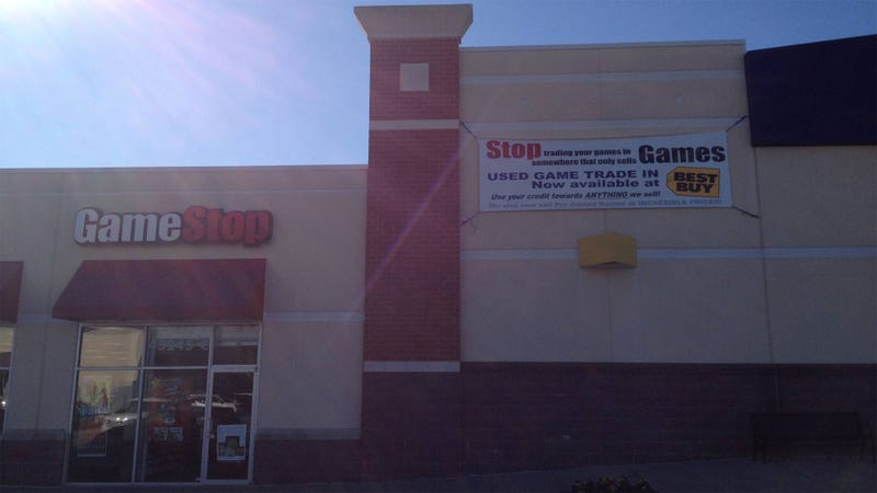 Illustration for article titled This GameStop Trolling Brought to You By Best Buy