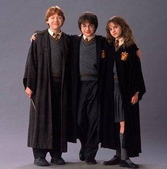 Illustration for article titled Secrets of Harry Potter's All-Important Final Scene