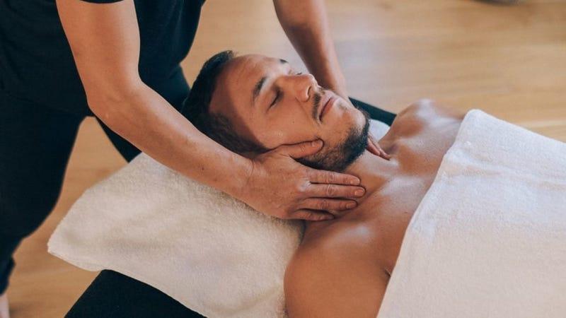 Illustration for article titled Una app de masajes a domicilio expone los datos de clientes que solicitaron favores sexuales a los masajistas