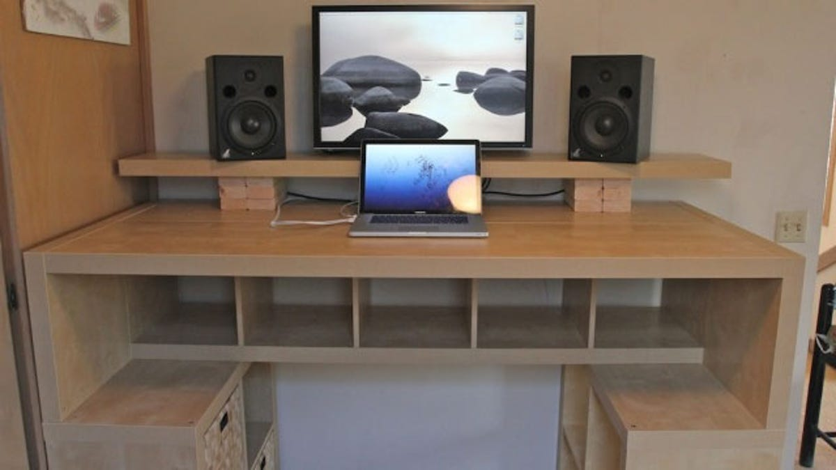 How To Choose Or Build The Perfect Desk For You