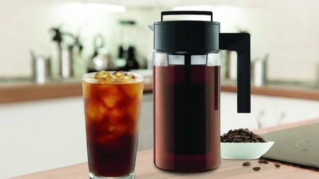 Beat the Summer Heat With This $19 Cold Brew Coffee Maker -