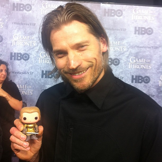 Illustration for article titled Game of Thrones actors posing with their action figures is adorable
