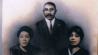 Joyful Keeby (center), son of Osia Keeby; Joyful's daughter, Auerila (left); and Joyful's wife, ZeilphiaCourtesy of William Green