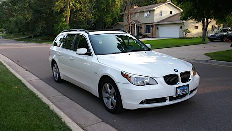 for 17 500 this 2007 bmw 530xi could be your winter warrior. Black Bedroom Furniture Sets. Home Design Ideas