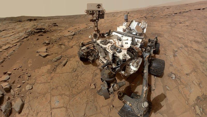 Illustration for article titled El robot Curiosity lo confirma: hay agua en el suelo de Marte